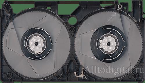 Внутреннее устройство видеокассеты VHS